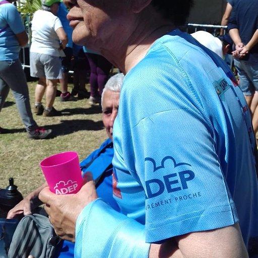 photo-journee-bleue-lutte-contre-le-cancer-adep-prevention-tshirt